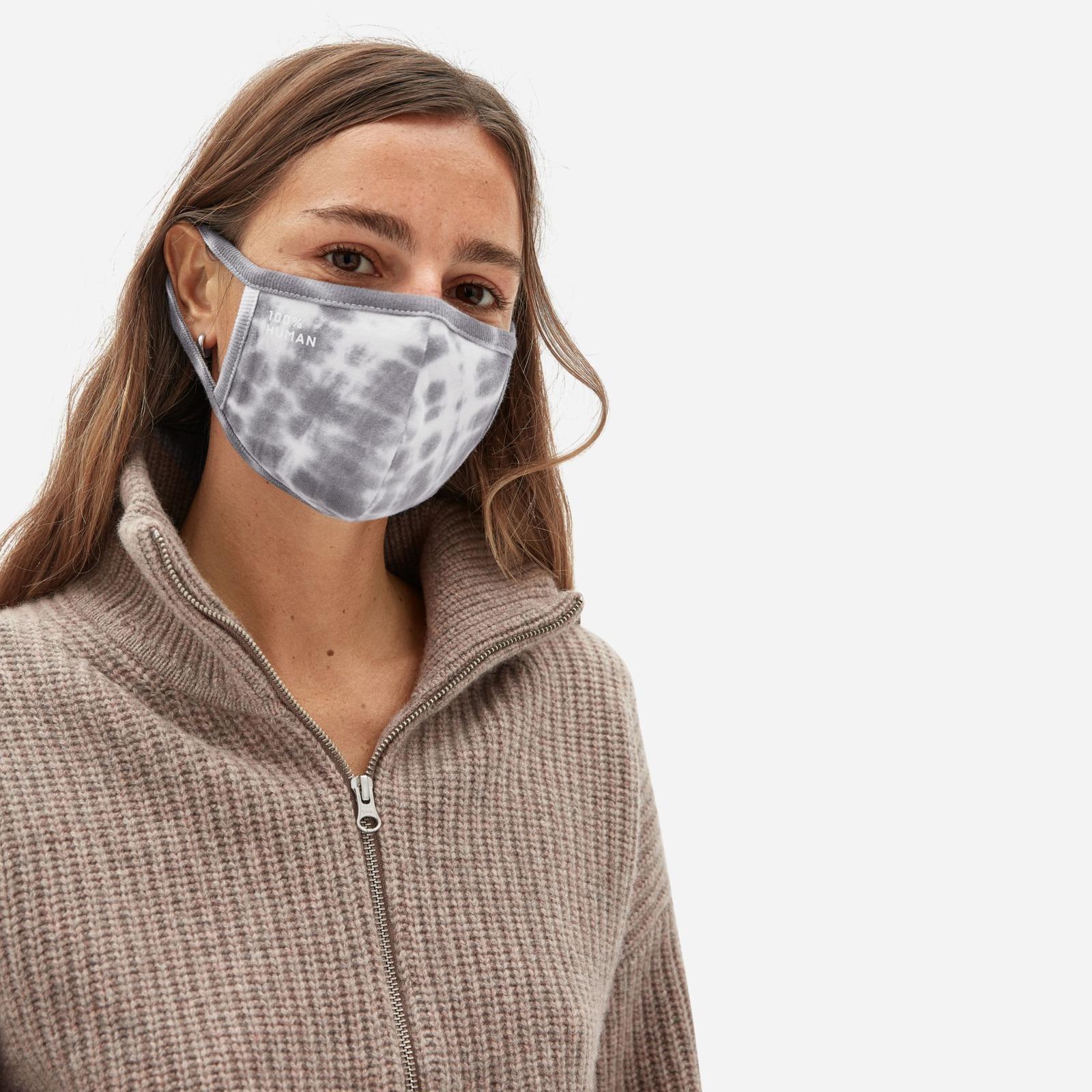 everlane-greymask